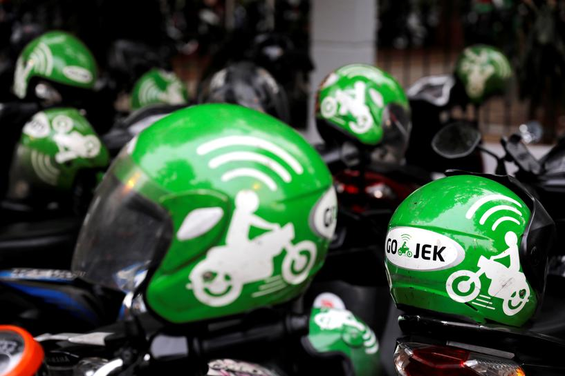 Focus Grab Go Jek Wage Street Fight For Se Asia Super App Supremacy Reuters