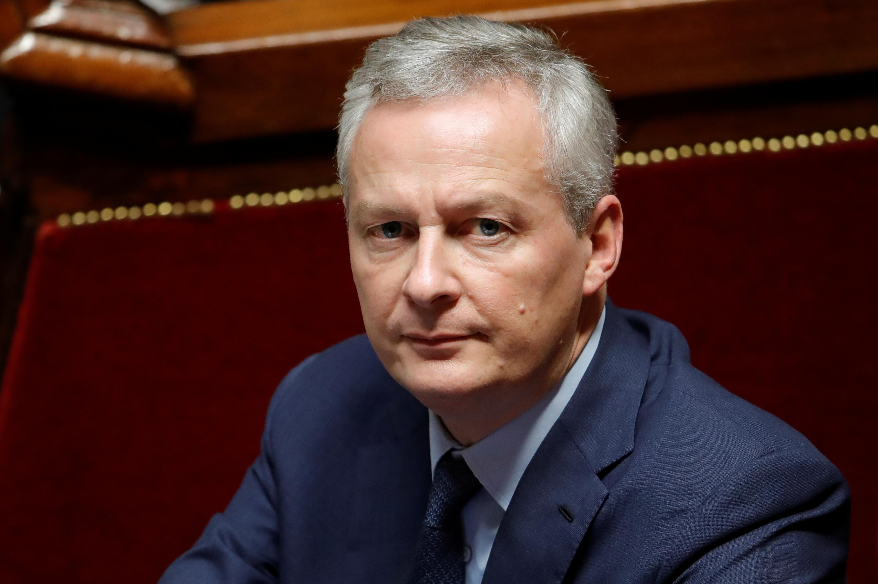 Yellow vest protest to have severe impact on economy: Le Maire