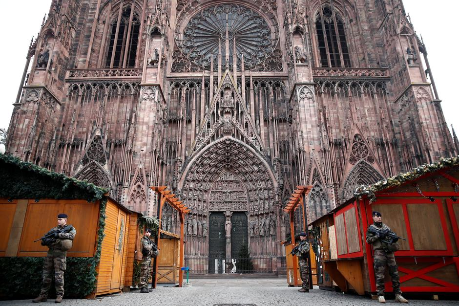 Strasbourg France Christmas Time.Police Hunt Across Eastern France For Strasbourg Christmas
