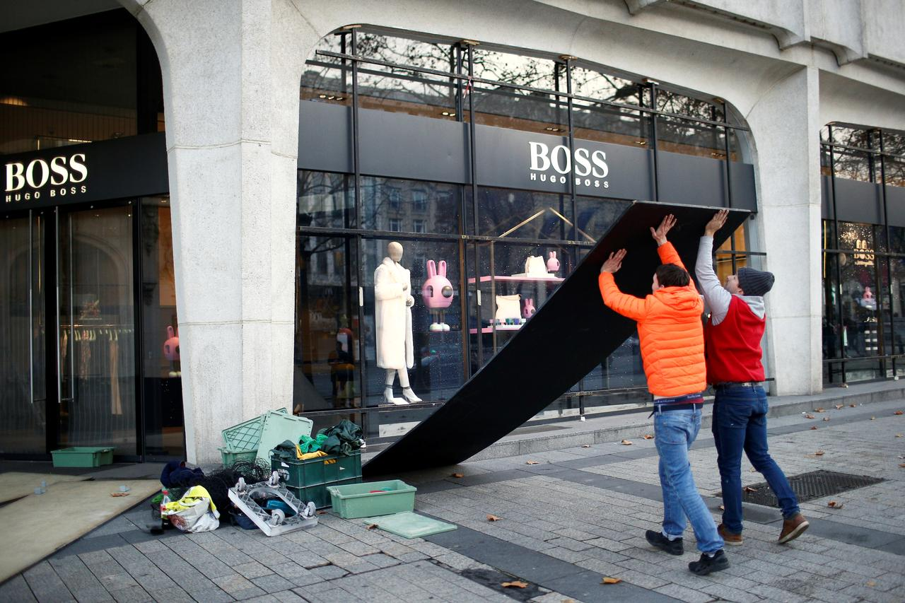 French protests have also taken a toll on online retailers - Fevad