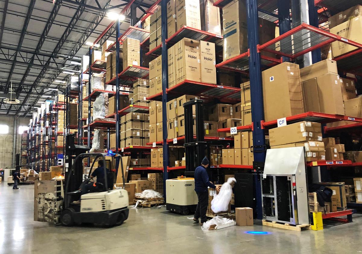Trump tariff war with China sends U S  retailers on buying binge