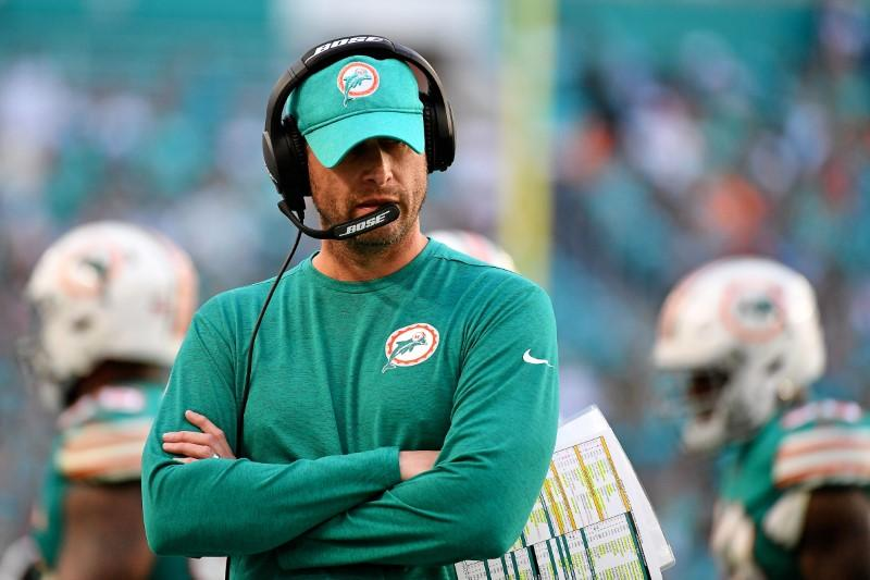 Reports: Jets hiring former Dolphins coach Gase
