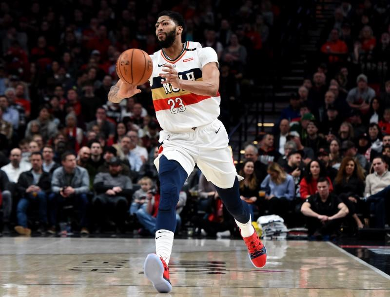 Nba Notebook Pelicans Davis Finger Out Two Weeks Reuters