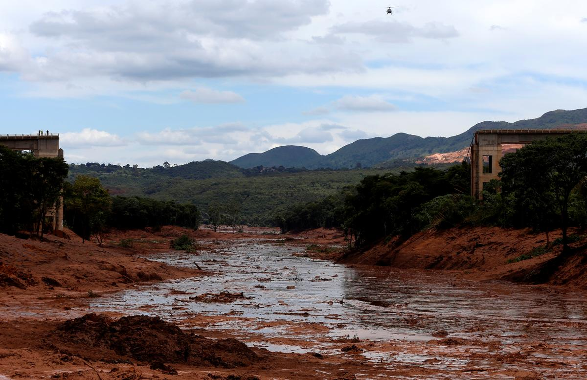 New dam disaster puts Vale CEO, deals and dividends under scrutiny