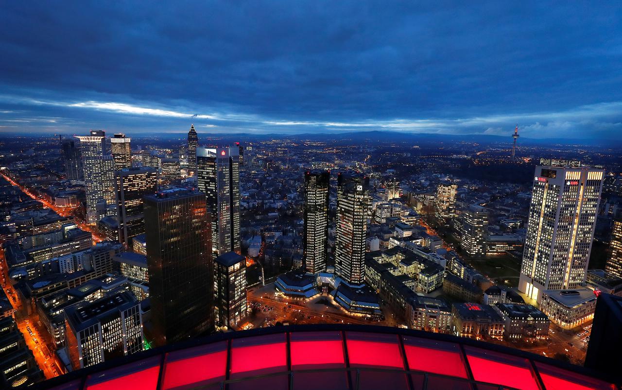 Bankfurt', Paris await Brexit boom as banks stay loyal to
