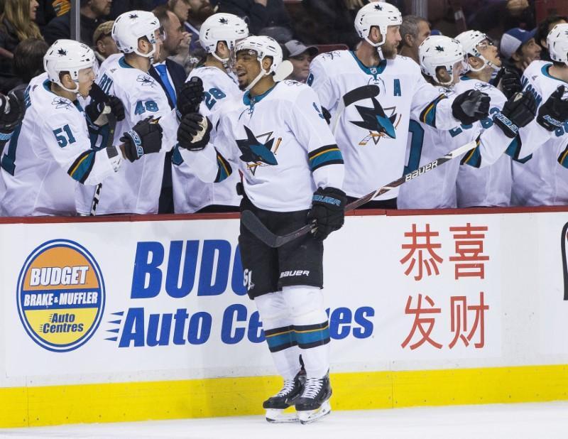 NHL roundup: Sharks win sixth straight
