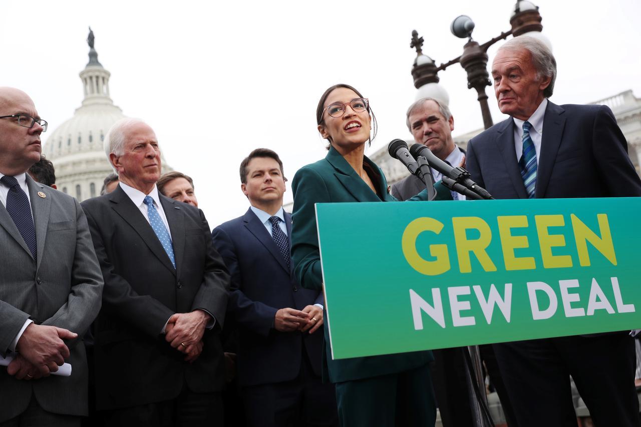Labor unions fear Democrats' Green New Deal poses job threat - Reuters
