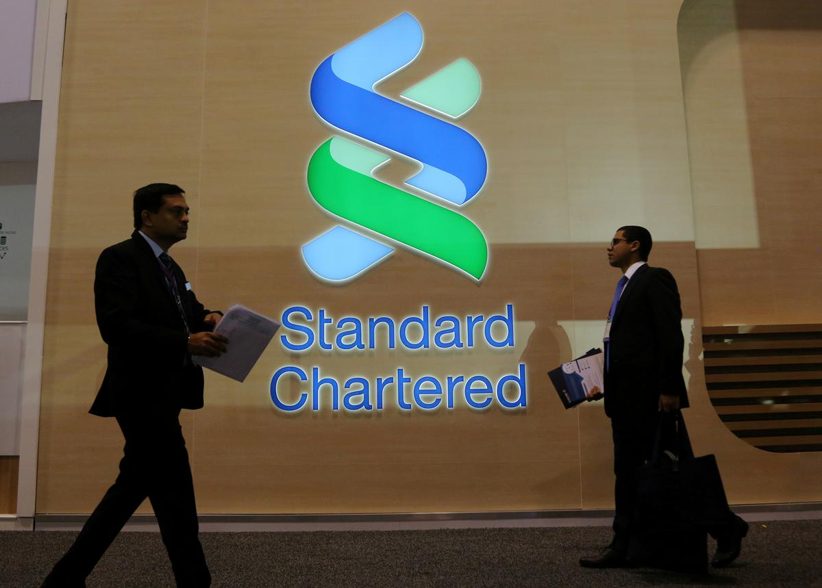 Standard Chartered resets growth targets with cost cuts
