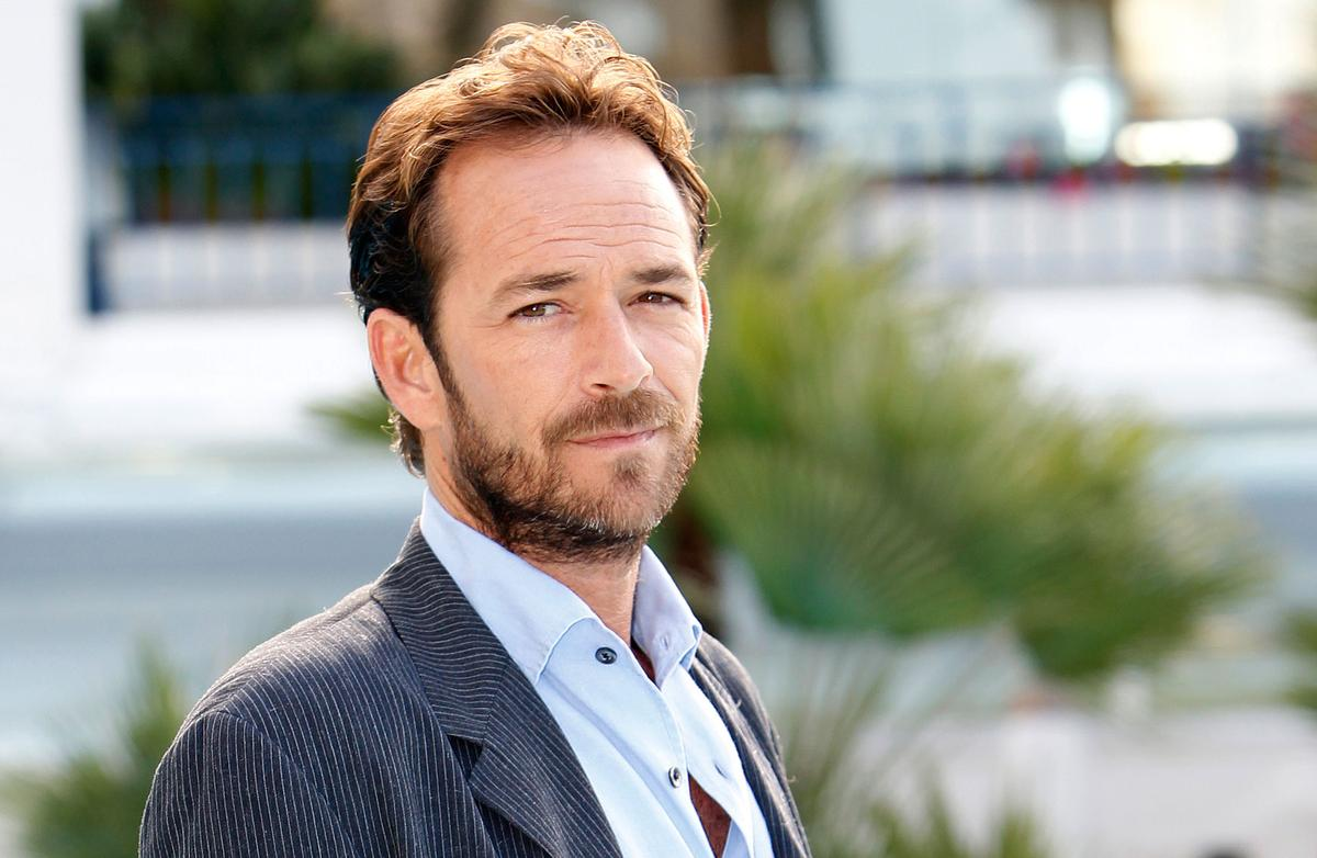 Ex 'Beverly Hills, 90210' star Luke Perry dead at 52 after