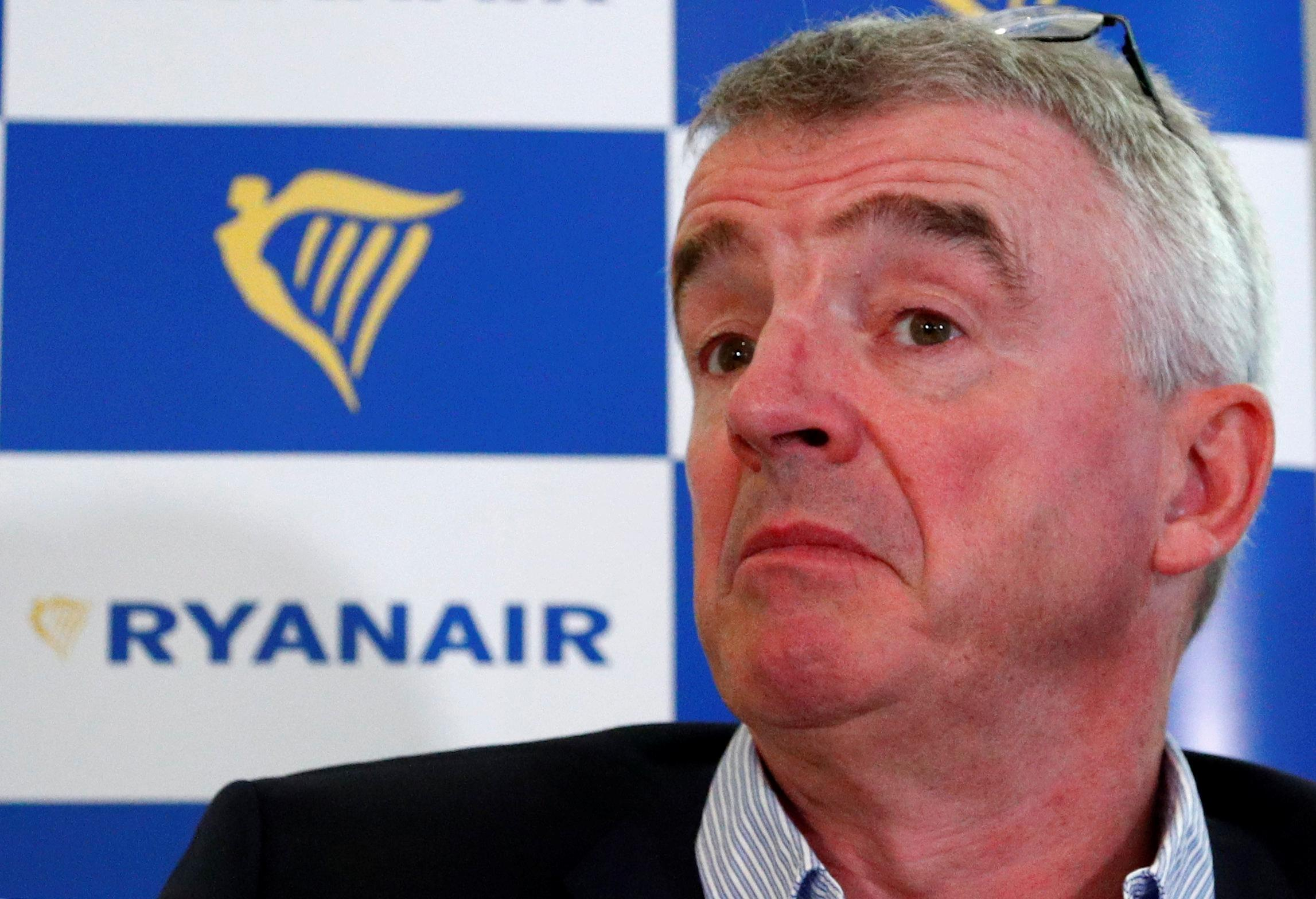 Airline bosses, asked to trade places, reveal tensions of the industry