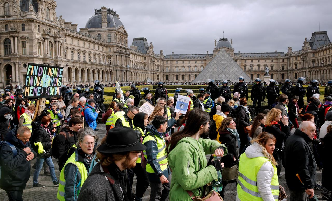 Civil liberties under threat in Macron's France, says rights