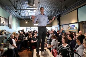 Beto O'Rourke campaigns in Iowa