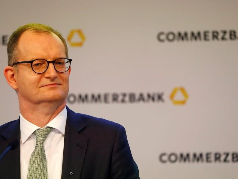 Breakingviews - Cox: Really, no one else will bid for Commerzbank?