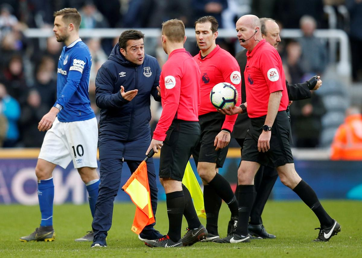 Everton's Silva fined for confronting officials in defeat ...