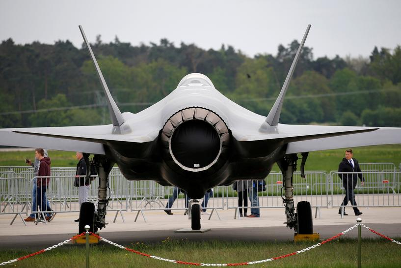 reuters.com - Idrees Ali and Phil Stewart - Exclusive: U.S. may soon pause preparations for delivering F-35s to Turkey