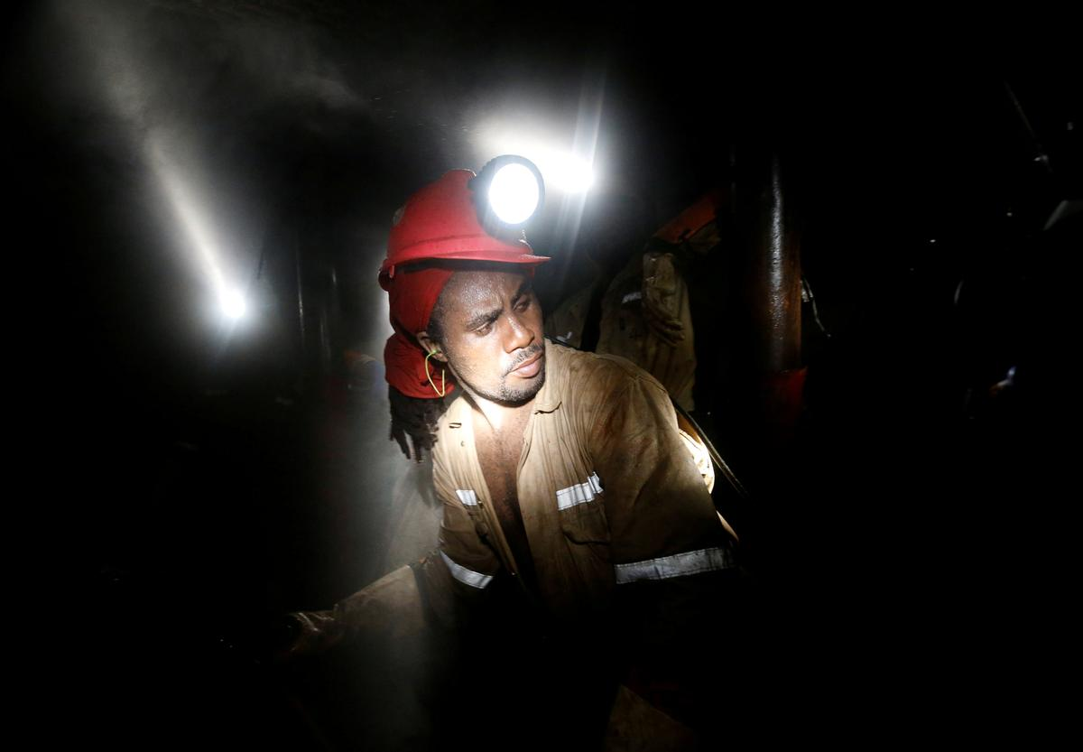 Eskom price hike to cost South Africa 90,000 mining jobs: mines...