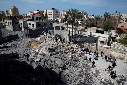 Israel strikes Gaza after rocket hits Tel Aviv