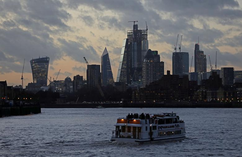 UK's payments gap widens as global slowdown, Brexit weigh | Reuters com