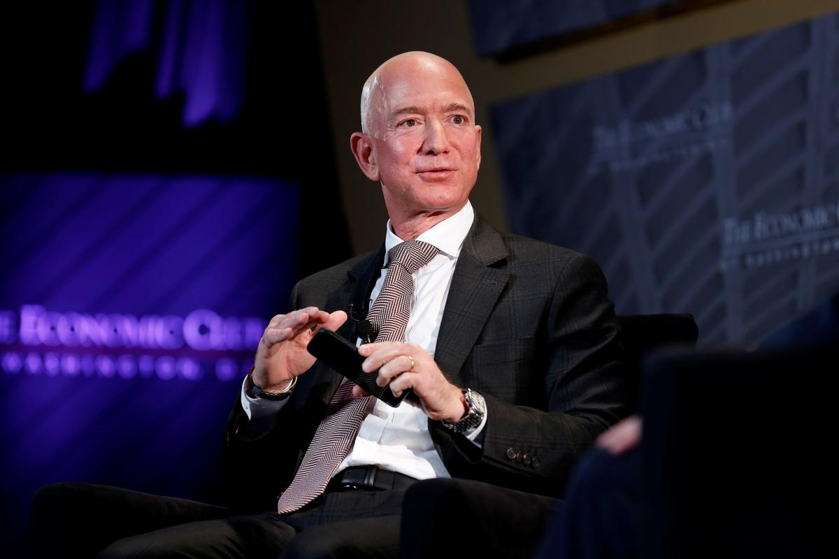 Saudis gained access to Amazon CEO Bezos' phone: Bezos' security chief