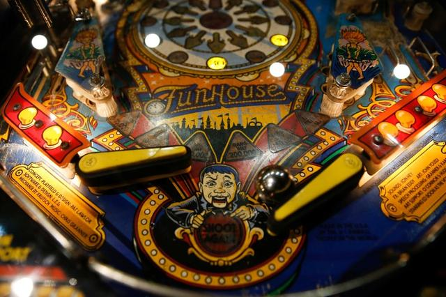 At Athens pinball museum, arcade gamers go back in time - Reuters