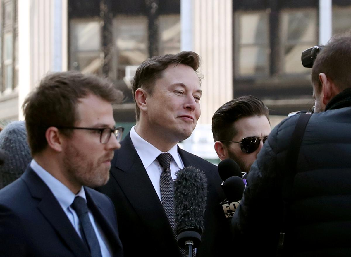 Judge Orders SEC, Tesla's Musk to Meet for at Least an Hour on New Settlement