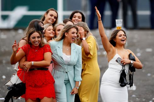 Ladies Day at Britain's Grand National Festival