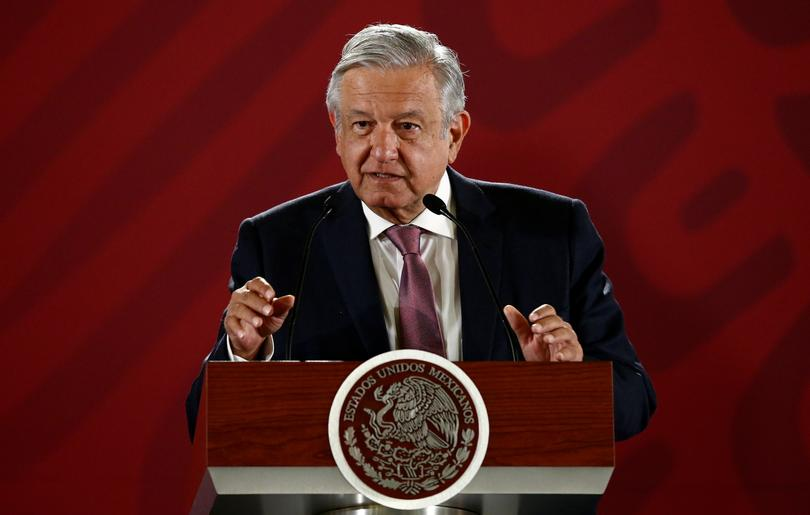 Robin Hood Mexican President Says To Return Stolen Wealth To The People Reuters Com