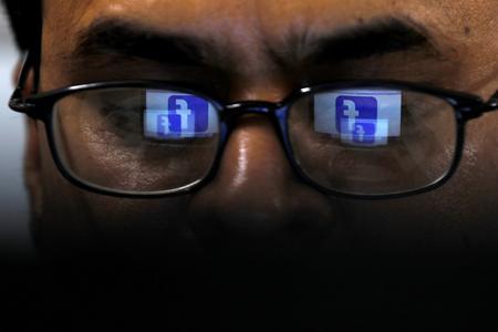 U.S. lawmakers criticize potential Facebook settlement with FTC