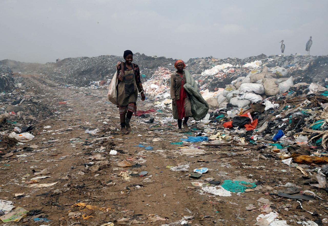 U S  could be outlier if U N  clinches plastic waste pact - Reuters