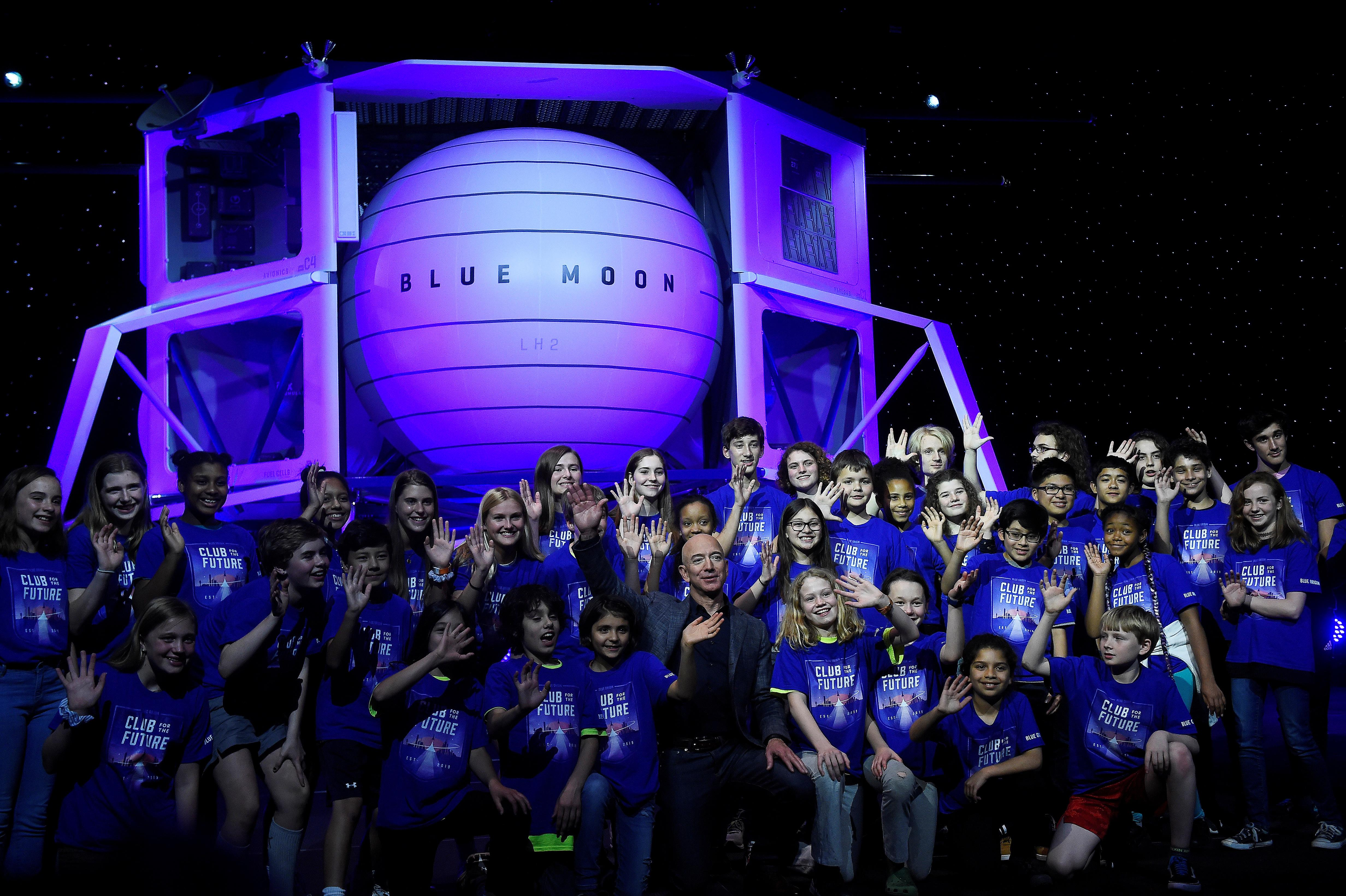Billionaire Jeff Bezos to unveil plans for moon presence, sources say - Reuters