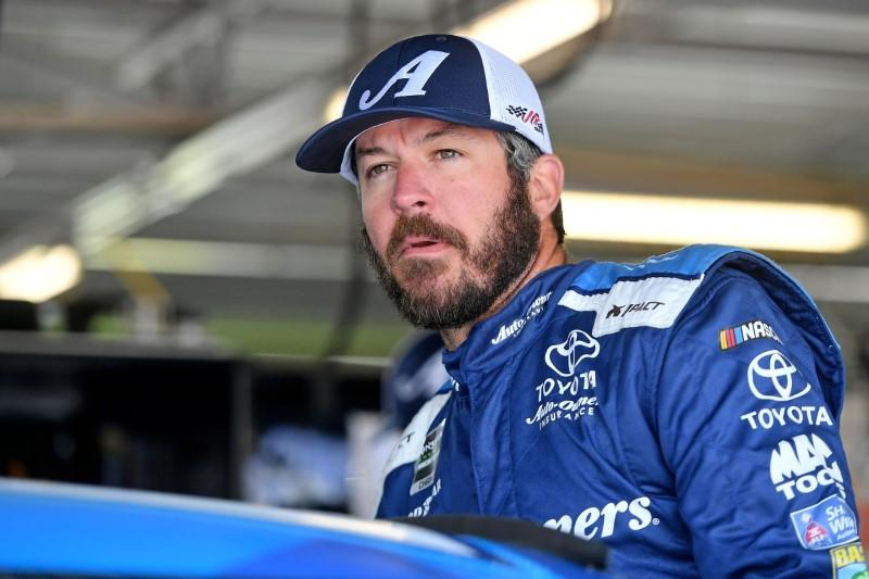 NASCAR notebook: Truex Jr. barely escapes disaster in final practice
