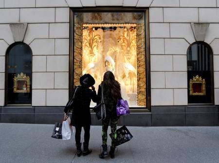 U.S. consumer sentiment robust before escalation of trade war