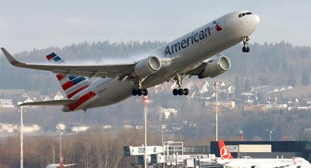 American Airlines asks court to stop alleged maintenance slowdown