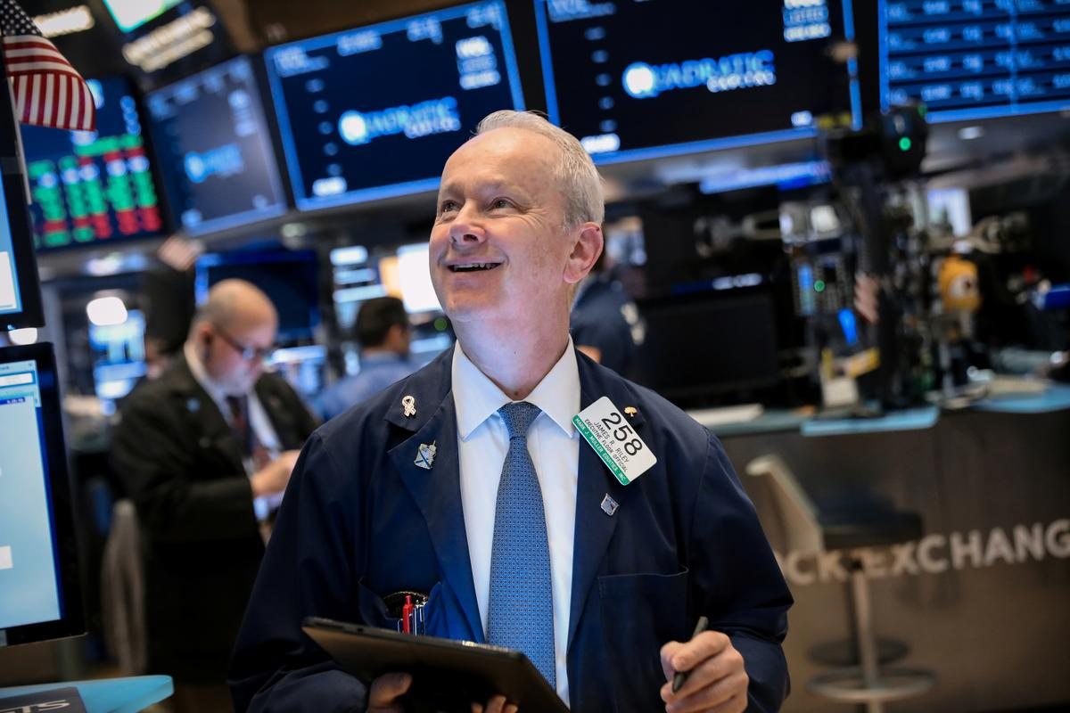 Global stocks rally as U.S. eases Huawei restrictions