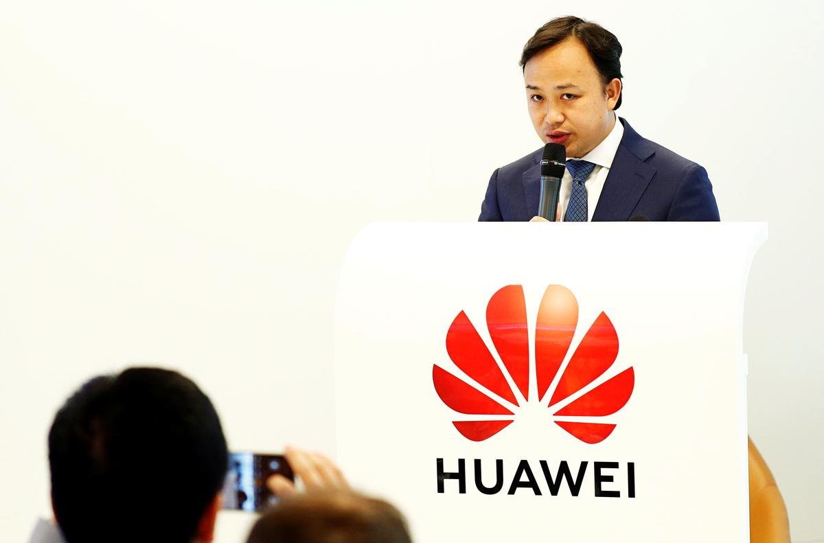 Huawei accuses U.S. of bullying, says working with Google to respond to ban