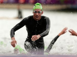 Triathlon: Olympic triathlete crashes into deer in London