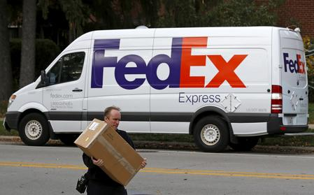 Exclusive: FedEx to hire 700 flexible rural and residential drivers