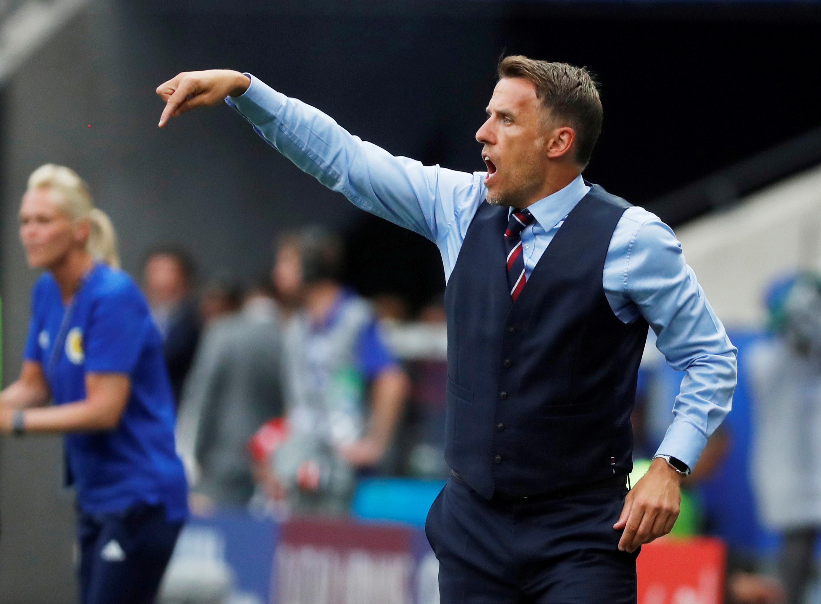 Neville hits back at 'keyboard warrior' Verheijen over World Cup criticism