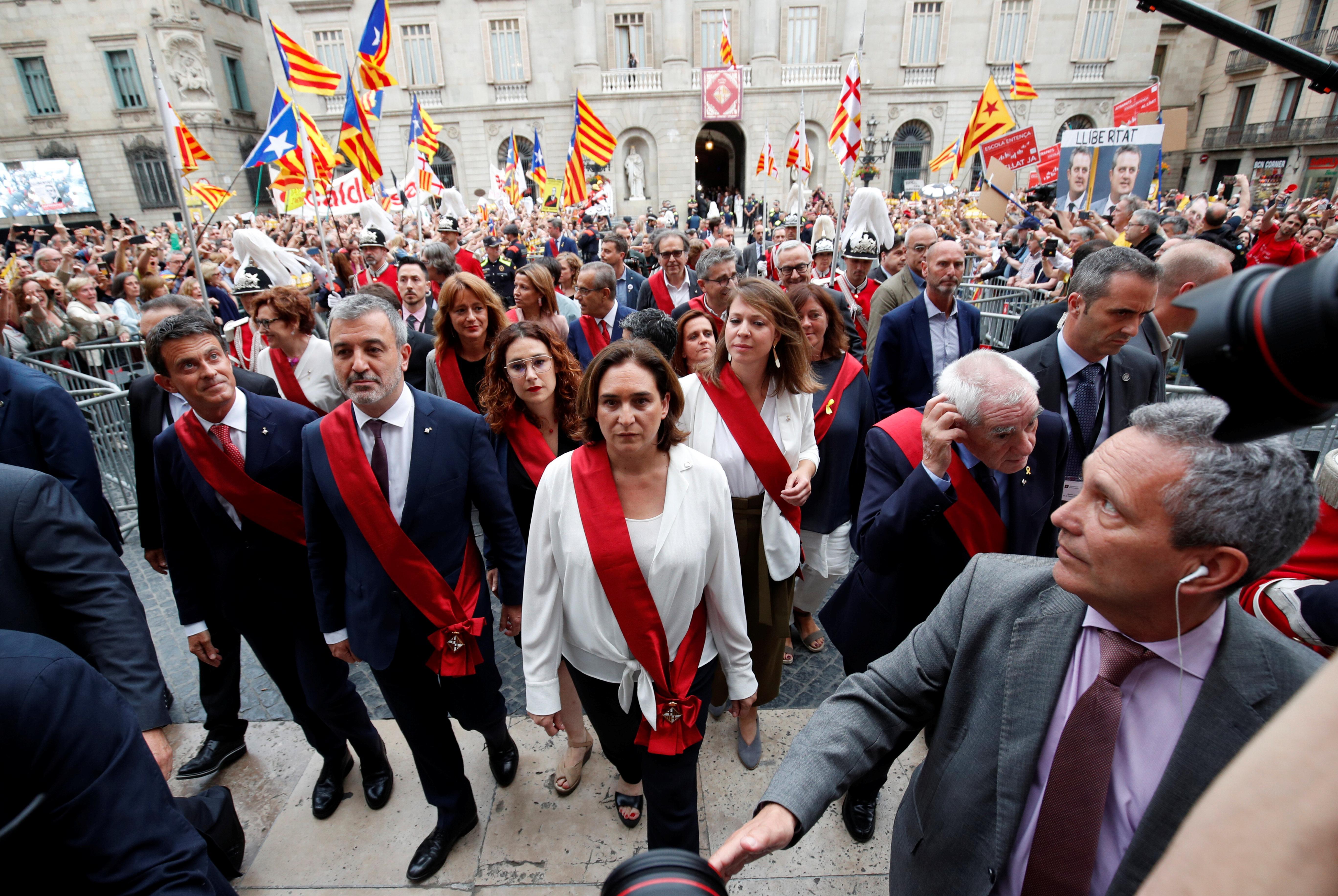 Spain's conservatives retake Madrid, far-left keeps Barcelona