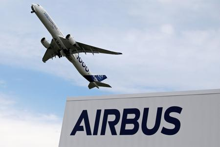 After Boeing showstopper, Airbus seeks order bounce