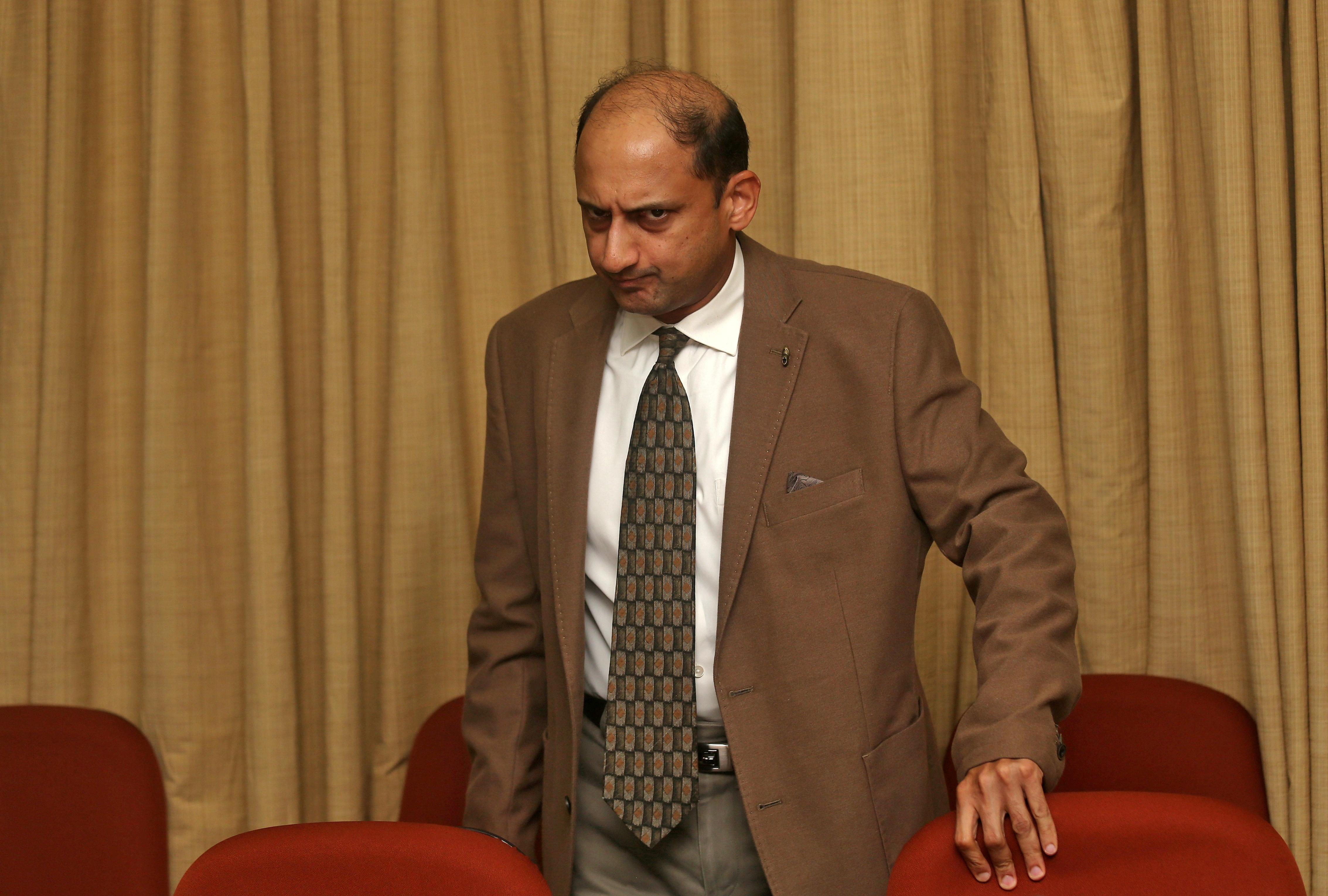 RBI Deputy Governor Viral Acharya quits, adding to independence concerns