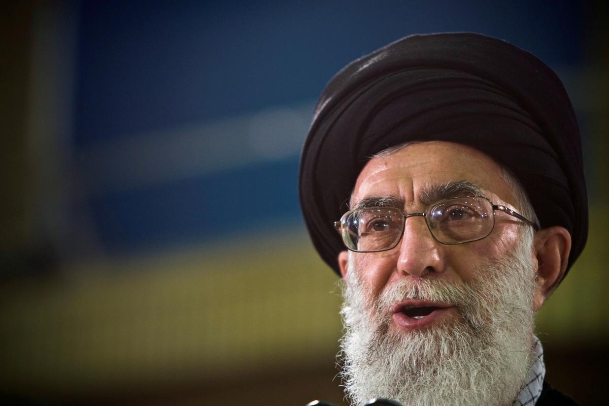 Trump says fresh U.S. sanctions on Iran will target supreme leader