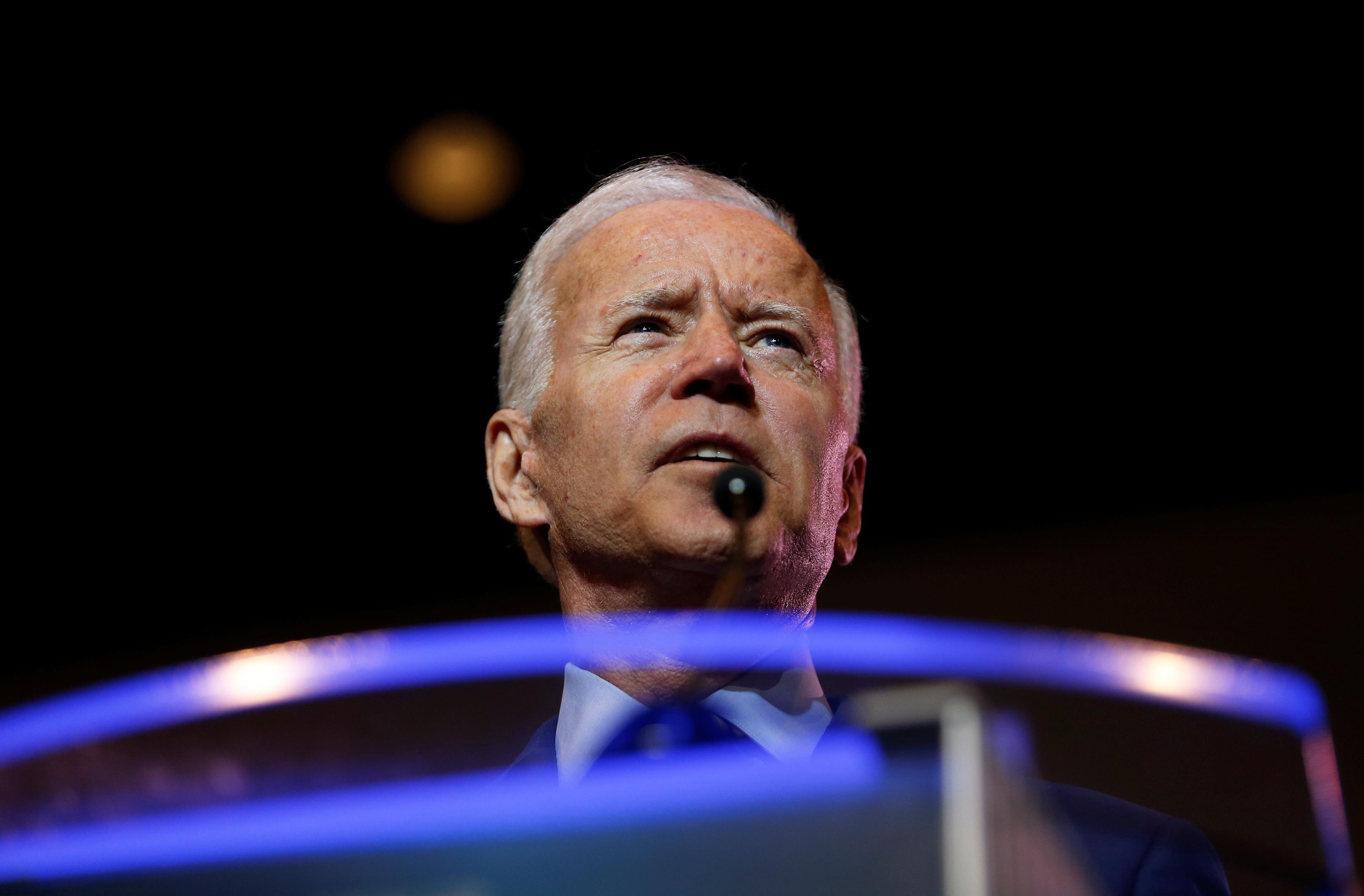 O'Rourke se débat, Castro émerge et Warren évite les ennuis dans le débat démocratique