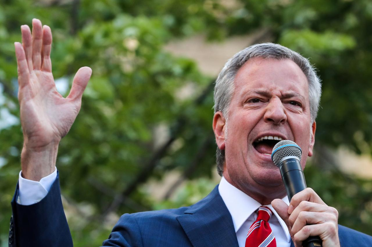 De Blasio Says Over 4 Million New Yorkers Will Get Coronavirus