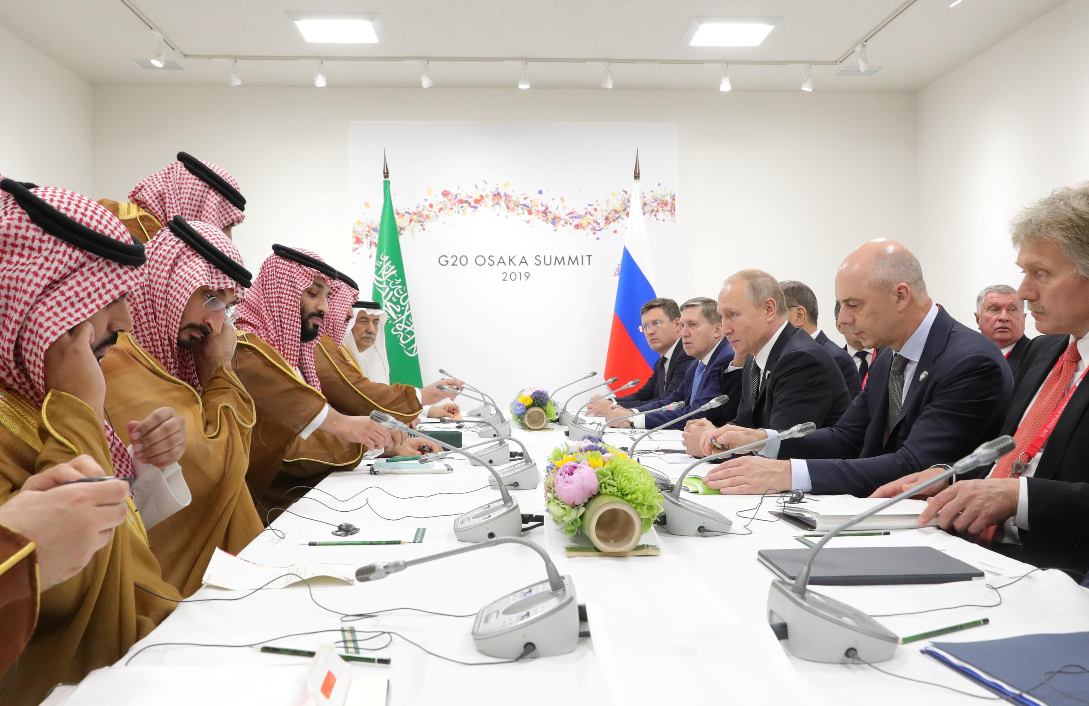 Russia agrees with Saudi to extend OPEC deal by six-nine months: Putin