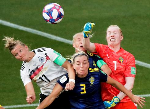Women's World Cup: Sweden 2 - Germany 1