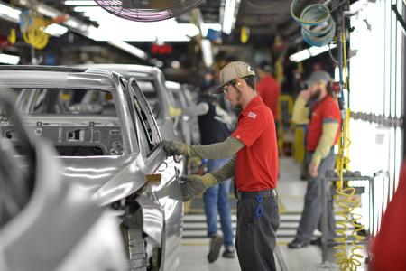 U.S. manufacturing stumbles under weight of trade tensions