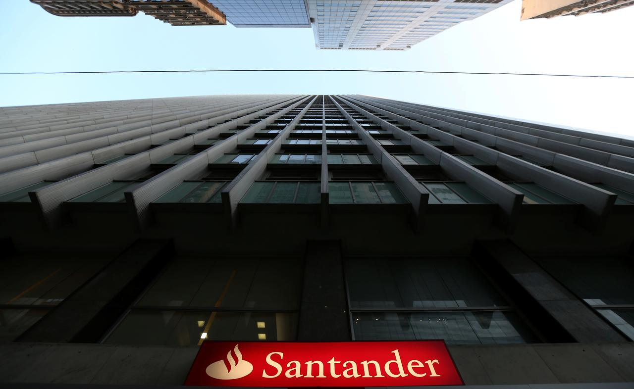 Norway FSA fines Santander bank $1 million for anti-money