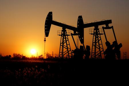 Oil prices fall on U.S. inventory data, concerns about demand