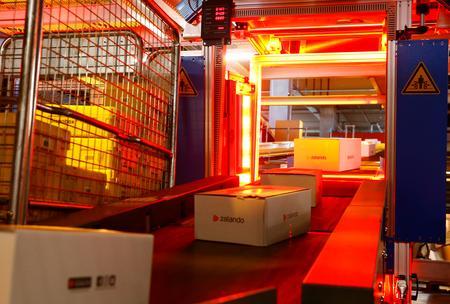 Zalando to build Rotterdam warehouse to serve western Europe